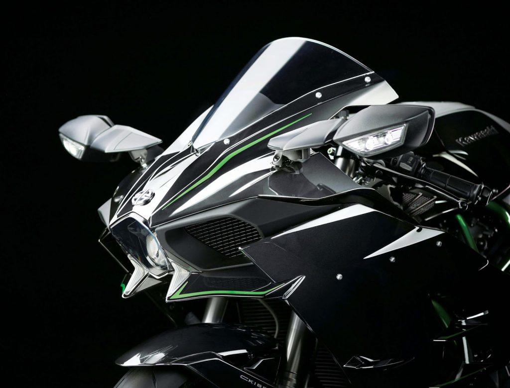 Kawasaki Ninja H2 chega ao Brasil por 120 mil reais e 210 cavalos