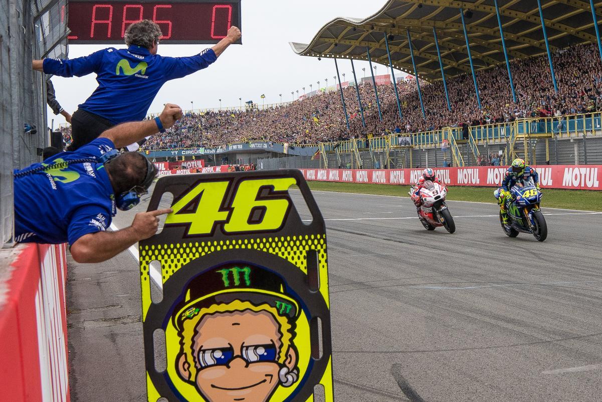 Rossi vence na Holanda e volta a brigar pelo título
