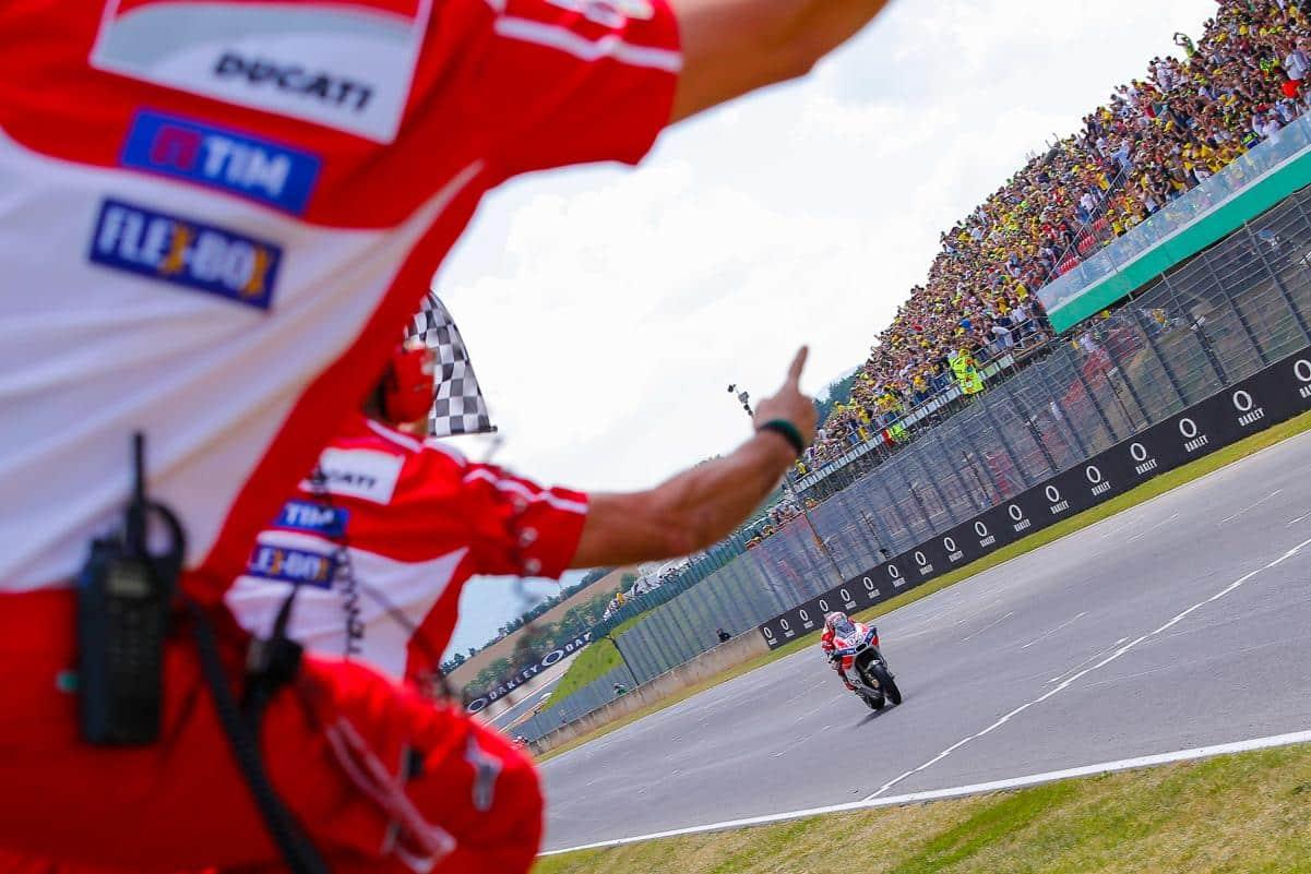 Dovizioso vence com a Ducati na Itália.