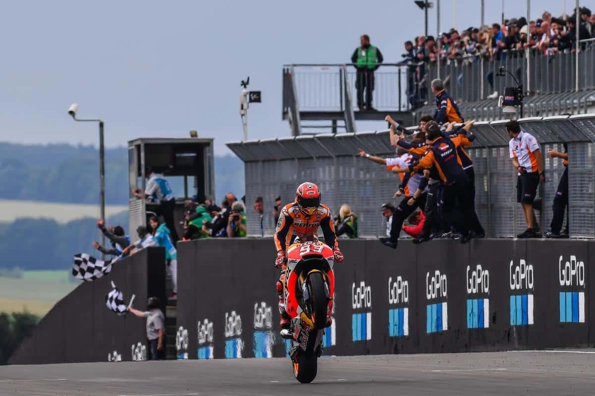 MotoGP: Márquez vence na Alemanha e conquista a liderança do campeonato