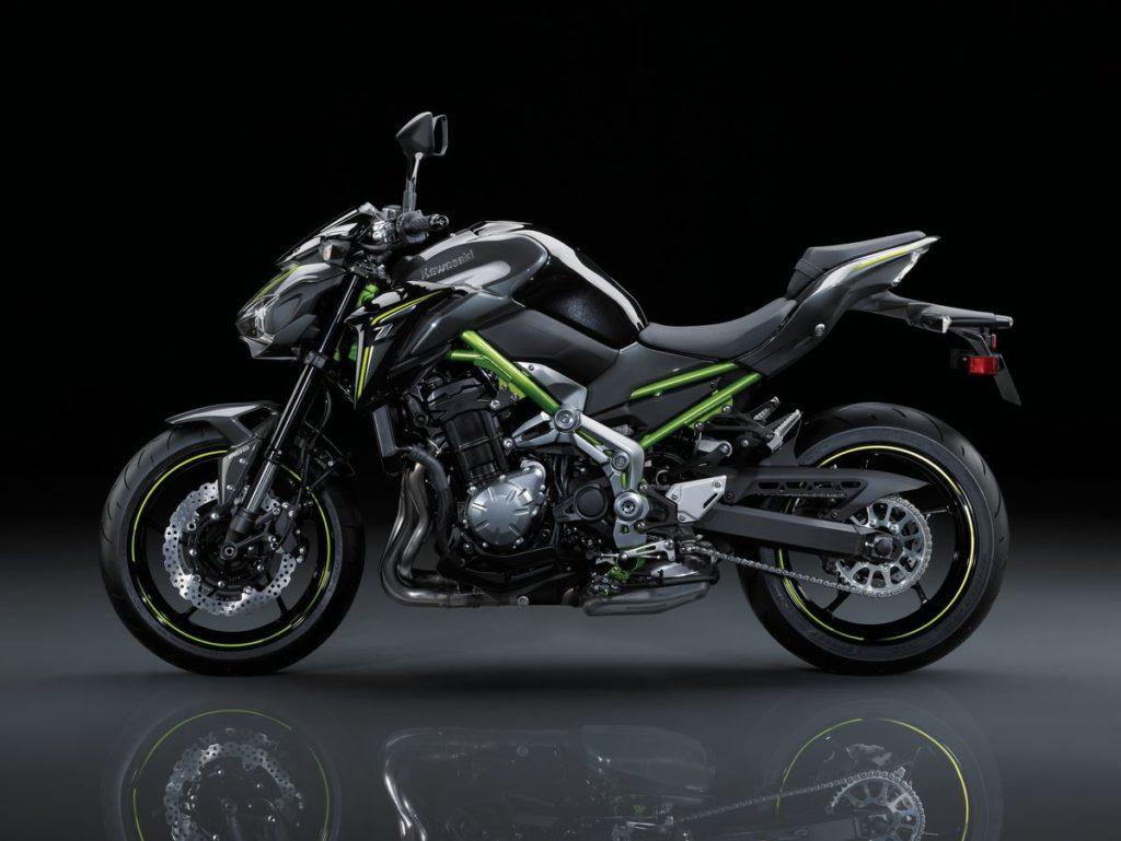 Bruta e refinada, Kawasaki Z900 chega ao Brasil
