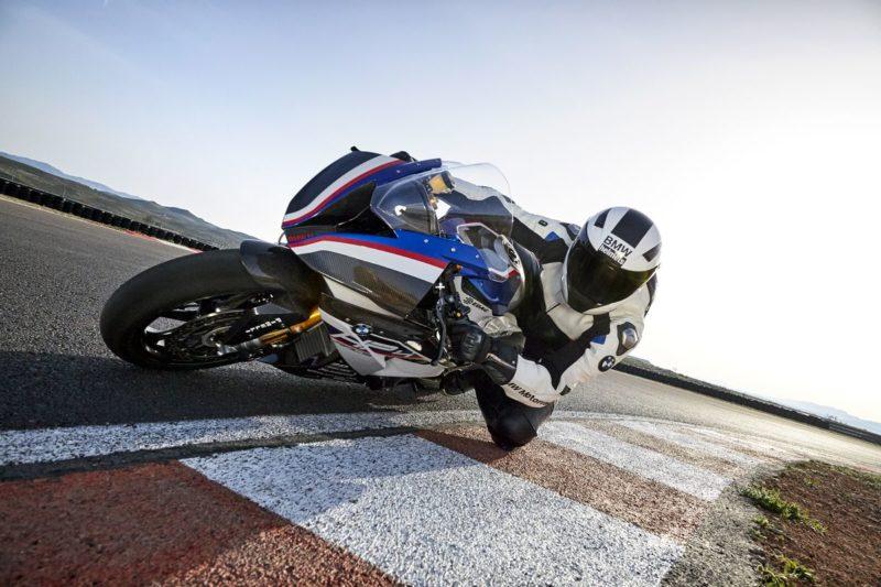 BMW HP4 RACE é integrada à escola de motociclismo mais renomada do mundo