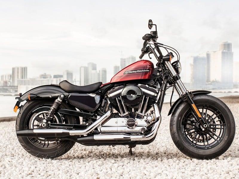 Harley-Davidson Forty-Eight Special e Iron 1200 (Foto: Harley-Davidson/Divulgação)