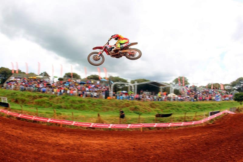 Campeonato Brasileiro de Motocross: melhor para a equipe Honda na abertura