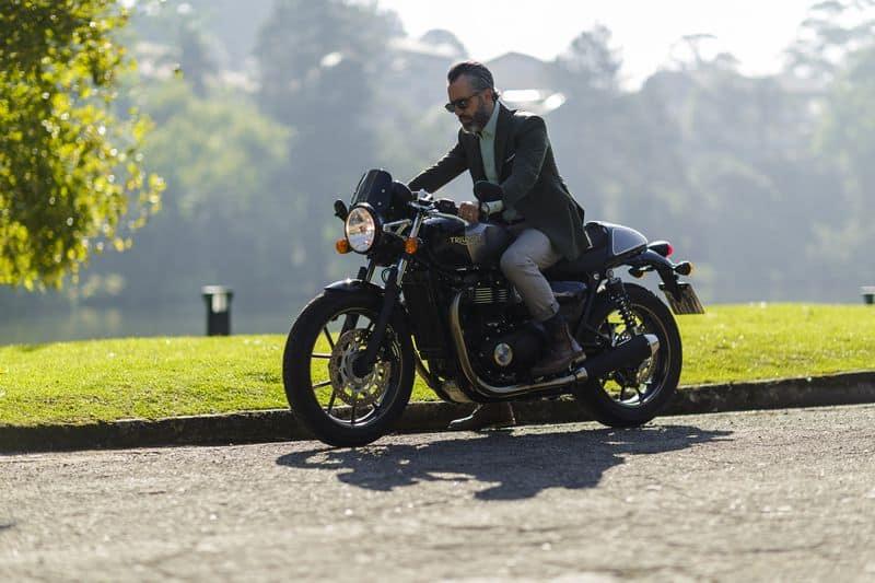 """Triumph lança nova ação de marketing que nomeia fãs da marca como """"Official Riders"""""""