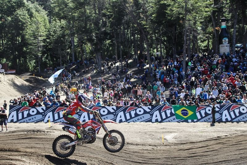 Pilotos Yamaha ficam entre os top five na abertura do Mundial de Motocross