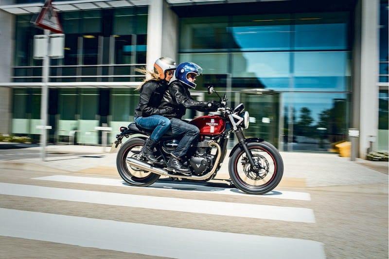 Triumph organiza um passeio de motos clássicas em São Paulo