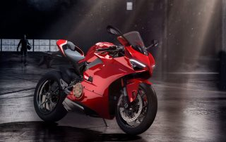 Panigale V4 é o grande destaque do Game RIDE 3