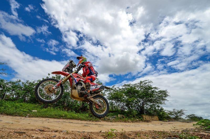 Honda busca manter a hegemonia na disputa de motos do Rally dos Sertões