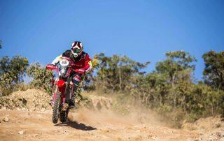 Tunico Maciel vence mais uma especial e assume liderança do Rally dos Sertões