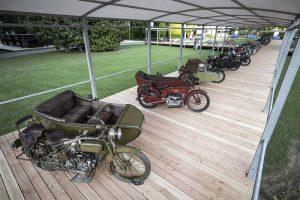 BMW exibe modelos clássicos em concurso de motos na Itália