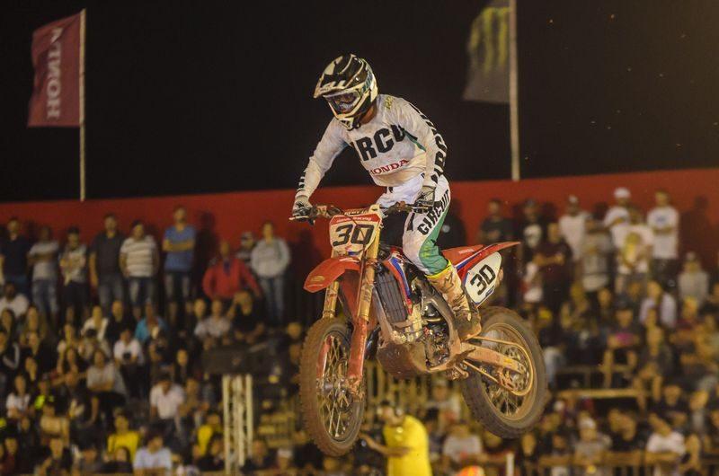 Hector Assunção na abertura do Arena Cross