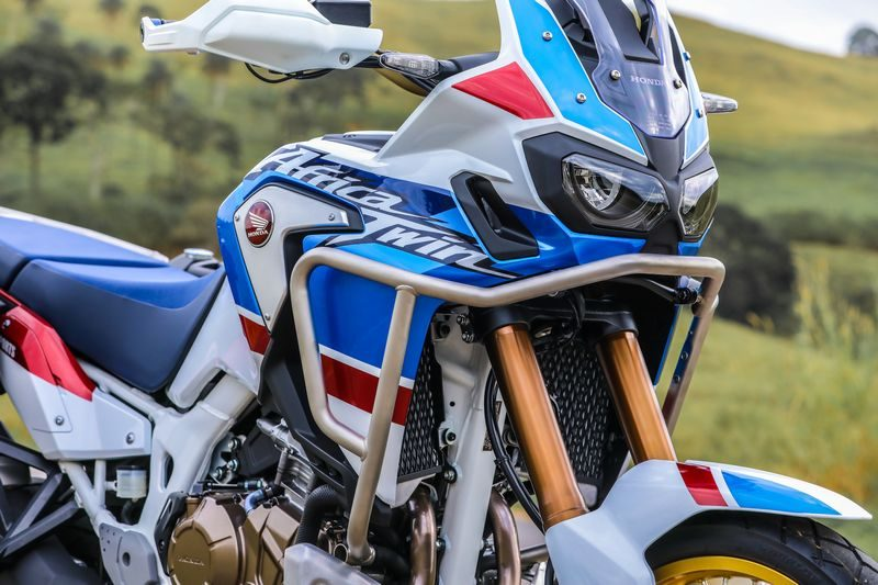 Nova CRF 1000L Africa Twin Adventure Sports no detalhe