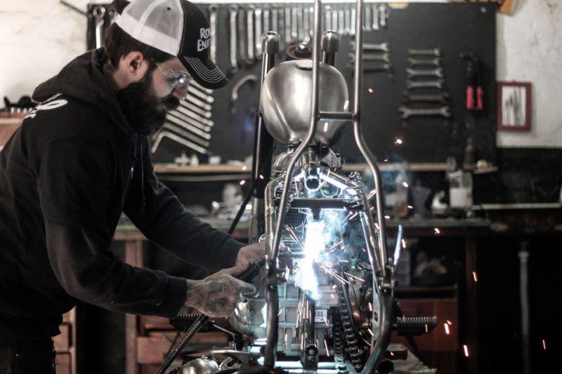 Daniel Bona, da Wolf Motorcycle, é o customizador responsável pela moto oficial da quinta edição do BMS Motorcycle
