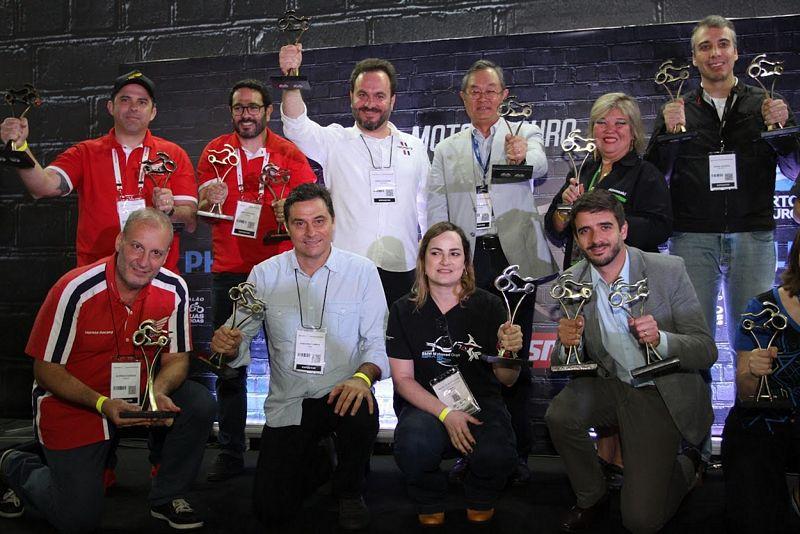 Os premiados da KTM - Foto: Thiago Capodanno - VGCOM