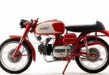 Aermacchi - Harley Davidson ALA verde 250. Uma motocicleta raríssima e tem seu espaço garantido na exposição